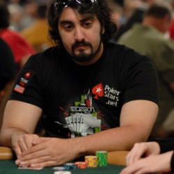 poker star Hevad Khan